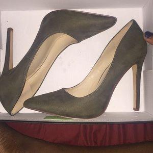 Olive suede heel size 8